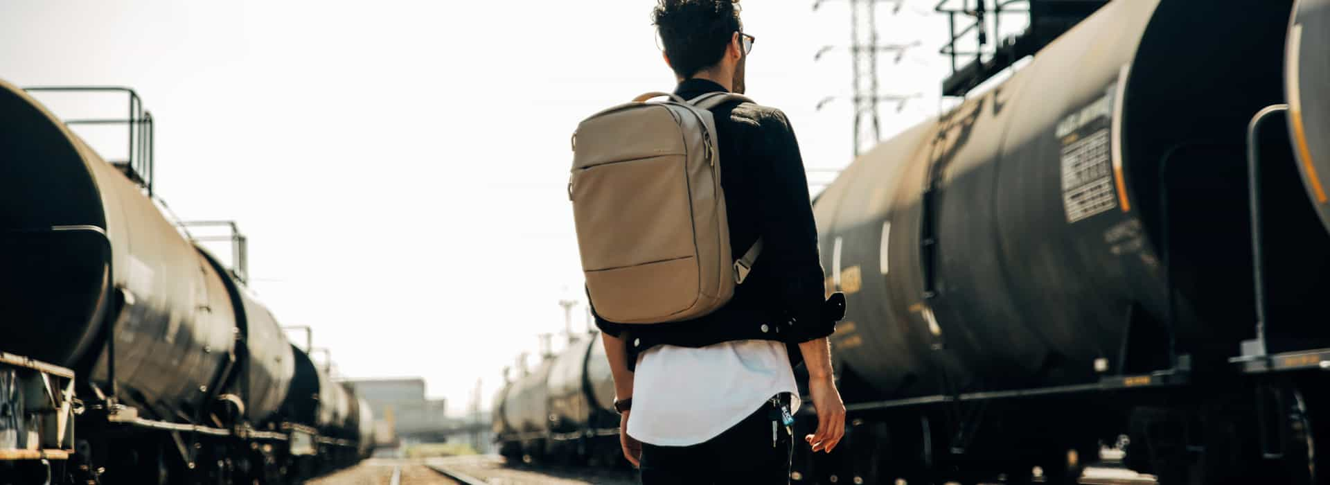 Best Rolling Backpacks In 2018 – Buying Guide for Consumers